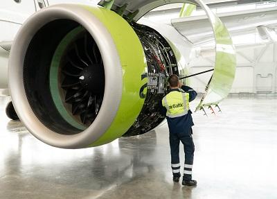 2019_09_10_airBaltic_A220-300 Base Maintanance_2.jpg