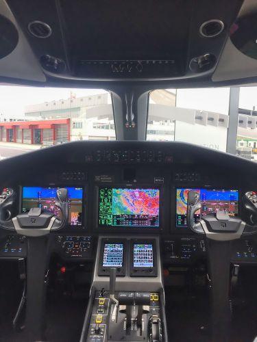 Cockpit Cessna Latitude