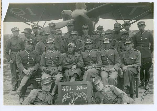 4 pułk lotniczy