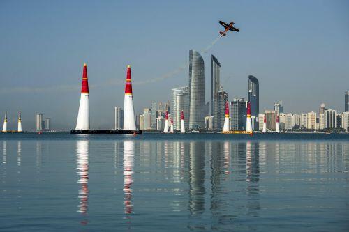 Red Bull Air Race 2016 Abu Dhabi fot. Joerg Mitter Red Bull Content Pool 00455