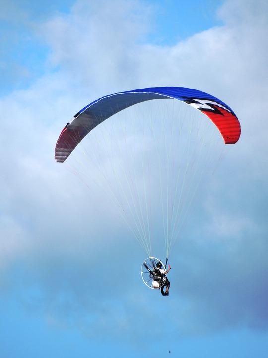 paraglider-875020 960 720