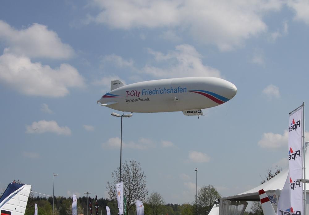Posmak przesłości - lot Zeppelinem