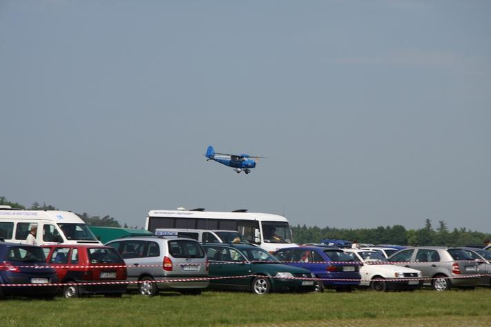 RWD-5 nad parkingiem