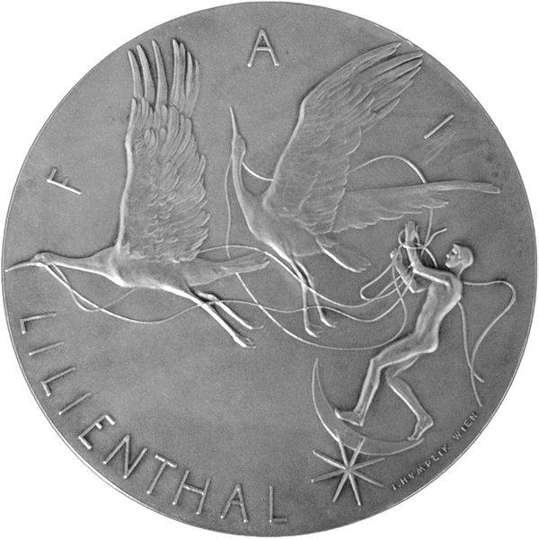 600px-Lilienthal_medal-avers